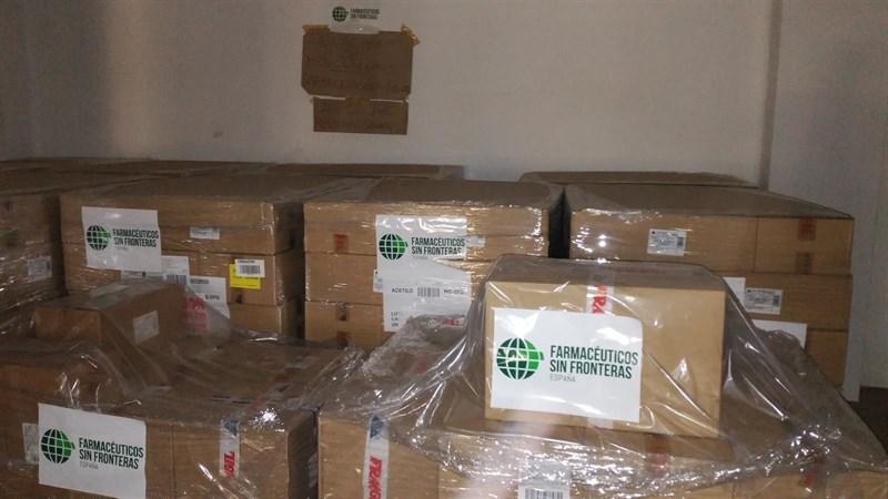 Farmacéuticos sin Fronteras entrega 11 palets de medicamentos a los campos saharauis de Tinduf (Argelia)