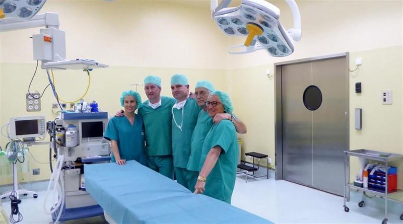 Sanitarios cántabros viajan de nuevo a los campos de refugiados de Tinduf para operar