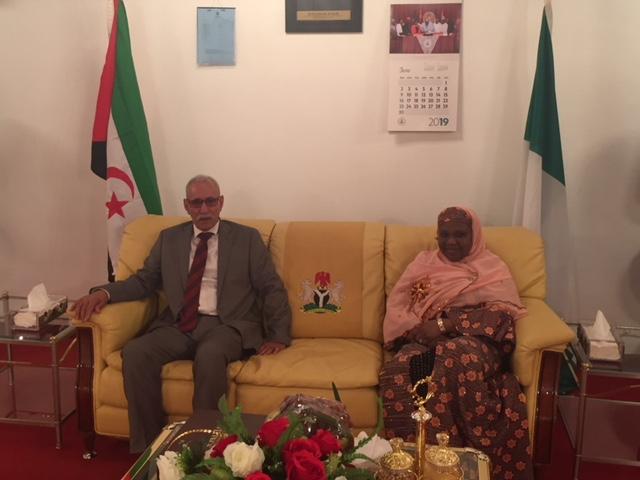 رئيس الجمهورية يصل إلى أبوجا للمشاركة في احتفالات يوم الديمقراطية في نيجيريا