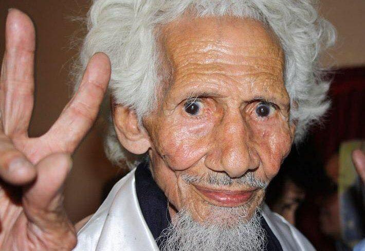 Nos ha dejado un gran símbolo de la lucha saharaui. El abuelo de cualquier sahar…