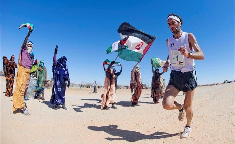 Una carrera por el desierto para concienciar sobre los 43 años de exilio del pueblo saharaui
