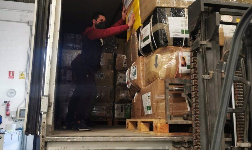 Envían comida y material anticovid a campamentos saharauis en plena pandemia, que volverá a cancelar 'Vacaciones en paz'